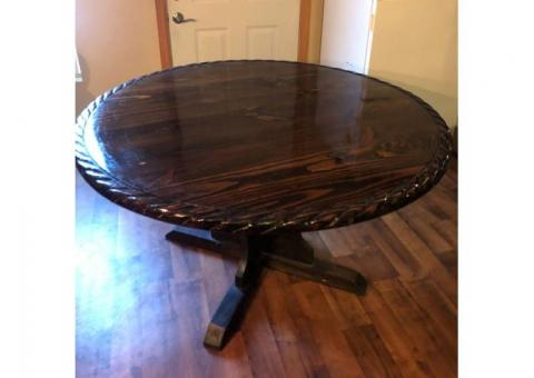 Lone Star Dinner Table and Chairs(5)